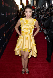 Yvette Yates brought a bright splash of color to the 'Cesar Chavez' premiere with this appliqued yellow fishtail dress.