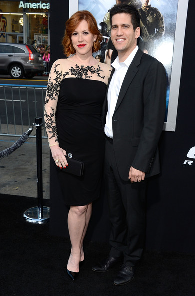 Molly Ringwald opted for a classic LBD when she chose this black jersey cocktail dress with lace illusion sleeves.