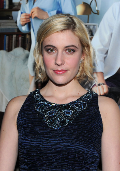 More Pics of Greta Gerwig Evening Pumps (1 of 15) - Greta Gerwig Lookbook - StyleBistro