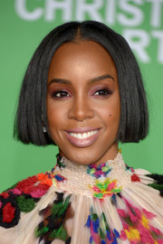 Kelly Rowland styled her hair into a blunt, center-parted bob for the premiere of 'Office Christmas Party.'
