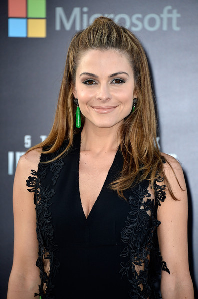 More Pics of Maria Menounos Hard Case Clutch (2 of 19) - Maria Menounos Lookbook - StyleBistro