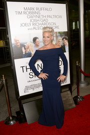 Pink chose a floor-grazing blue off-the-shoulder dress for her red carpet look during the 'Thanks for Sharing' premiere.