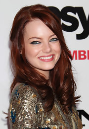 Emma Stone showed off electric blue shadow on her lower lash line. A subtle way to add some sparkle to her look.