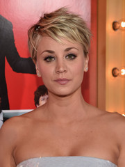 Kaley Cuoco-Sweeting went the tomboyish punk route with this messy pixie at the 'Wedding Ringer' premiere.