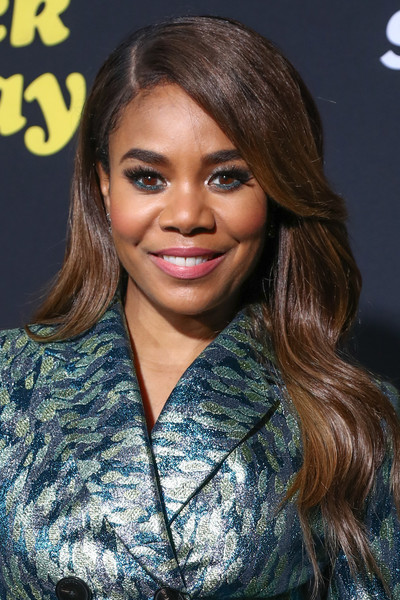 Regina Hall showed off perfectly glam waves at the premiere of 'Black Monday.'