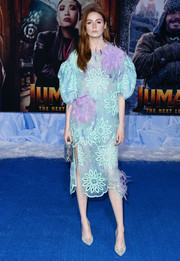 Karen Gillan sported a gorgeous mix of pastels at the premiere of 'Jumanji: The Next Level.' Her loose, floral-embroidered blouse was by Prabal Gurung.