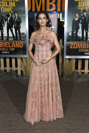 Zoey Deutch looked ultra girly in a strapless pink gown by Dior Couture at the premiere of 'Zombieland Double Tap.'