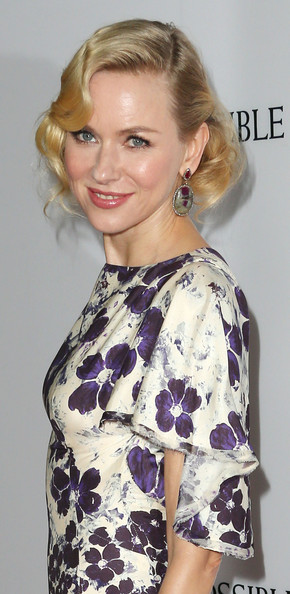 More Pics of Naomi Watts Dangling Gemstone Earrings (2 of 19) - Naomi Watts Lookbook - StyleBistro