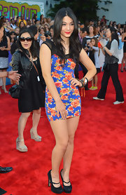 Fivel Stewart channeled spring with a brightly printed mini dress at the 'Step Up Revolution' premiere.