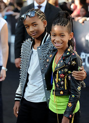 Jaden walked the carpet with sister Willow donning a pair of wayfarer sunglasses.
