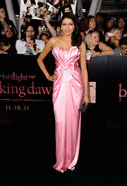 Tinsel Korey took some notes from Old Hollywood style in a strapless bubblegum pink satin gown. The starlet opted to carry a dark beaded Art Deco clutch and showed off her sparkling earrings with a side-swept 'do.