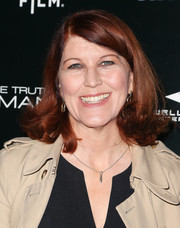 Kate Flannery went for a '60s feel with this flip hairstyle when she attended the premiere of 'The Truth About Emanuel.'
