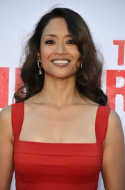 Chuti Tiu chose big loose waves for her red carpet look at the premiere of 'The Internship.'