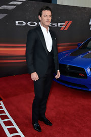 Luke Evans chose a classic look when he wore this three-piece suit to the premiere of 'Fast and Furious 6.'