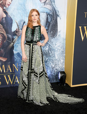 Jessica Chastain made jaws drop at the 'Huntsman: Winter's War' premiere with this ornately embellished Altuzarra gown in two shades of green.