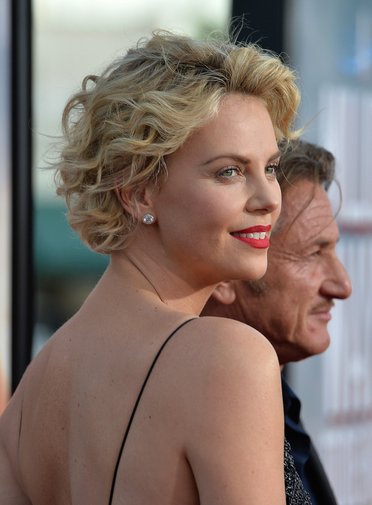 More Pics Of Charlize Theron Short Curls 46 Of 67