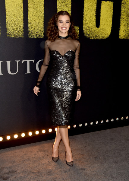 Hailee Steinfeld's Christian Louboutin mesh pumps complemented her dress perfectly!