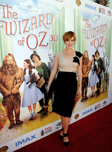 More Pics of Molly Ringwald Layered Razor Cut (3 of 6) - Short Hairstyles Lookbook - StyleBistro [the wizard of oz,premiere,carpet,fashion,dress,red carpet,movie,flooring,event,pattern,cocktail dress,tcl chinese theatre imax,molly ringwald,actress,3d,los angeles,warner bros. home entertainment,premiere,the grand opening,premiere]