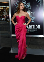 Ashley Greene looked positively phenomenal in her hot fuchsia structured gown at the premiere of 'The Apparition' in Hollywood.
