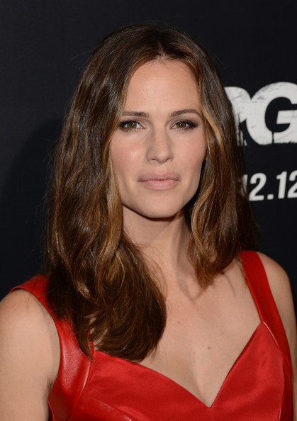 More Pics of Jennifer Garner Bangle Bracelet (1 of 66) - Jennifer Garner Lookbook - StyleBistro