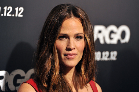 More Pics of Jennifer Garner Bangle Bracelet (3 of 66) - Jennifer Garner Lookbook - StyleBistro