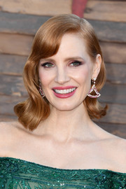 Jessica Chastain showed off a vintage-glam wavy 'do at the premiere of 'IT Chapter Two.'