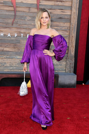 Mena Suvari looked ultra chic in a purple off-the-shoulder jumpsuit by AMUR at the premiere of 'IT Chapter Two.'