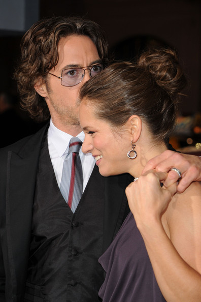 Susan Downey swept her hair up in a classic bun for the premiere of 'Due Date.'