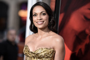 Rosario Dawson showed off a beautifully styled wavy 'do at the premiere of 'Unforgettable.'