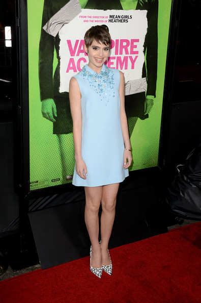 Sami Gayle finished off her look in fun style with a pair of music note-printed pumps by Miu Miu.