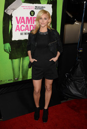 Cassie Scerbo went for edgier styling with a black leather jacket by Rick Owens.
