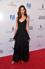 Kelsey Asbille chose a structured black gown by JW Anderson for the premiere of 'Wind River.'