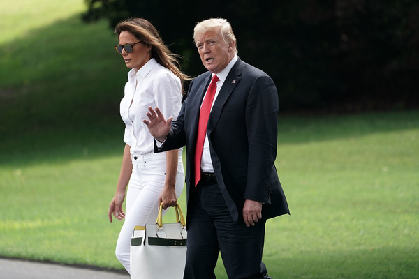 More Pics of Melania Trump Oversized Tote  (1 of 6) - Oversized Bags Lookbook - StyleBistro [donald trump,president,melania trump,r,suit,formal wear,fashion,fun,event,grass,white-collar worker,outerwear,photography,tuxedo,bedminster,nj,u.s.,marine one,trump departs white house,white house]