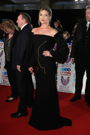 Laura Whitmore went for a simple yet sophisticated black off-the-shoulder gown by Isabel Sanchis when she attended the 2017 Pride of Britain Awards.