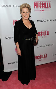 Bette looked elegant in a black evening dress for a show on Broadway in NYC.