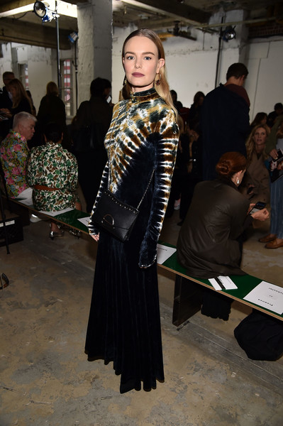 More Pics of Kate Bosworth Chain Strap Bag (3 of 10) - Kate Bosworth Lookbook - StyleBistro [fashion,fashion design,event,haute couture,costume,kate bosworth,front row,wall street,new york city,proenza schouler,new york fashion week]