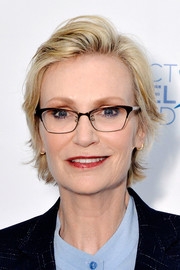 Jane Lynch wore her hair in a layered razor cut at the Art=Love benefit auction.