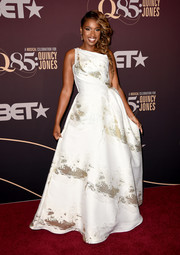 Jennifer Hudson looked magical in a white one-shoulder ball gown with gold accents at the Q85: A Musical Celebration for Quincy Jones.