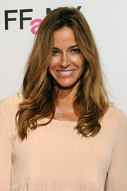 Kelly Bensimon looked lovely at the FFANY Shoes on Sale event wearing her hair in high-volume waves.
