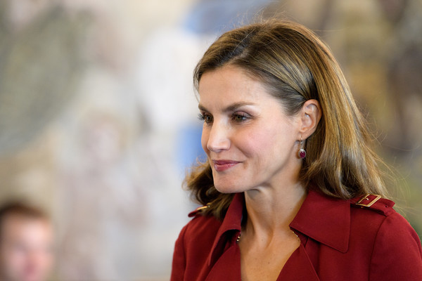 More Pics of Queen Letizia of Spain Trenchcoat (1 of 16) - Queen Letizia of Spain Lookbook - StyleBistro
