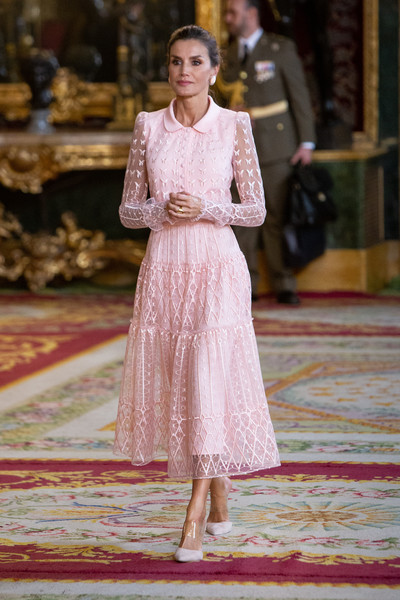 Queen Letizia of Spain Embroidered Dress [letizia,royals,fashion,white,clothing,dress,fashion model,pink,lady,formal wear,haute couture,fashion design,spanish,spain,royal palace,madrid,the national day military parade,reception]