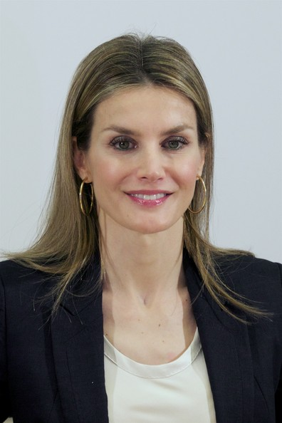 Queen Letizia of Spain Long Center Part