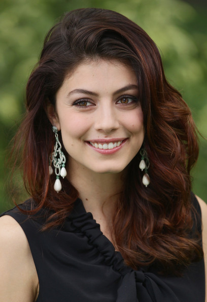 More Pics of Alessandra Mastronardi Long Wavy Cut (1 of 19) - Long Wavy Cut Lookbook - StyleBistro