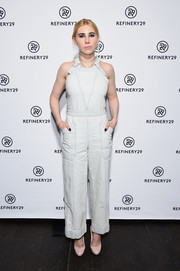 Zosia Mamet kept it cute and youthful in faded blue overalls at the R29 NewFronts party.