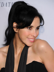 Sarah Silverman couldn't get any cuter at an event benefitting the Charlize Theron Africa Outreach Project. Her simple high ponytail and side-swept bangs created an adorable, yet subtly sexy style.