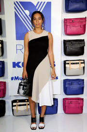 Solange Knowles' black-and-white broad-strap sandals perfectly echoed the style of her dress.