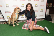 Rachael Ray dolled up her plain top with a geometric-print pencil skirt.