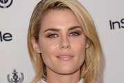 Rachael Taylor Metallic Eyeshadow