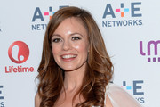 Rachel Boston Long Wavy Cut