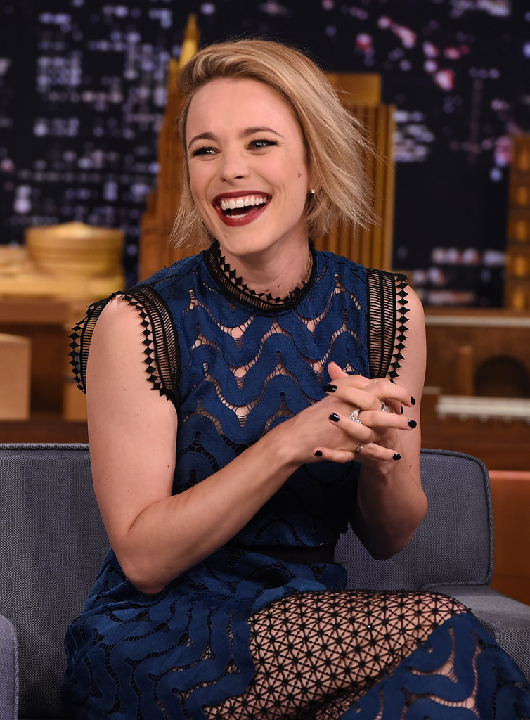 Rachel McAdams Dark Nail Polish - Rachel McAdams Nails Lookbook ...